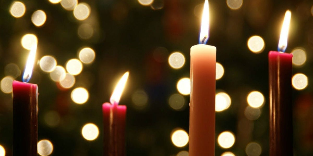 Advent 4 Lite Candles